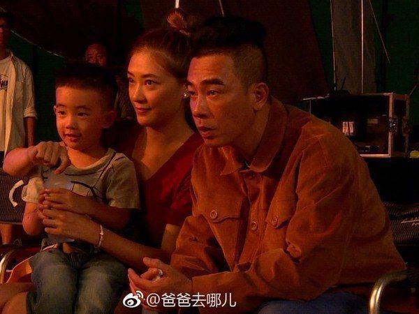 陳小春一家。圖/摘自微博