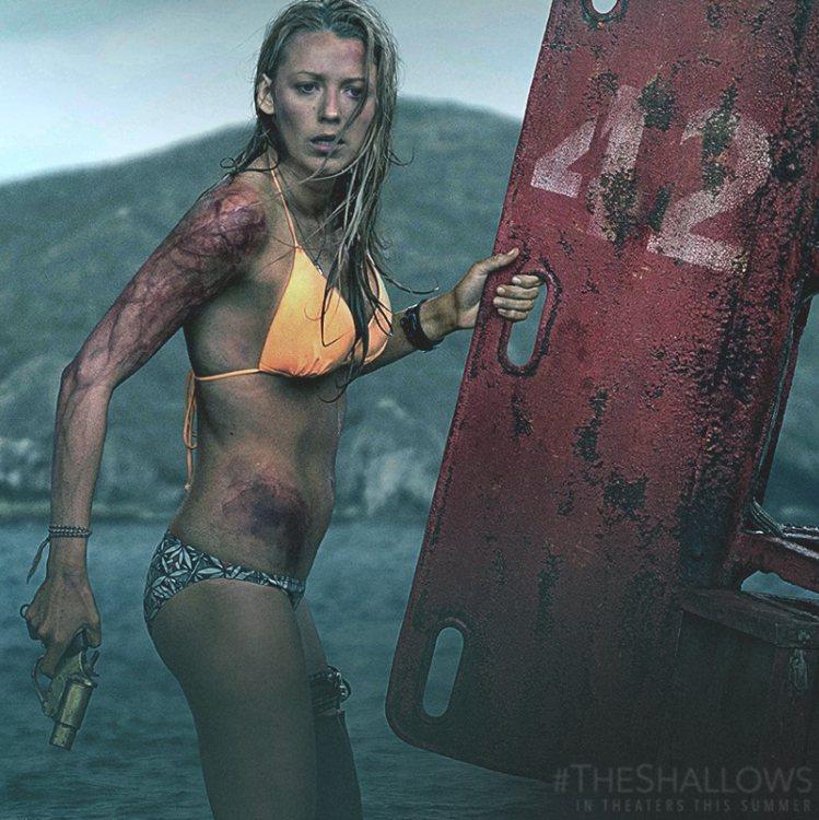 電影《絕鯊島》。圖/索尼提供