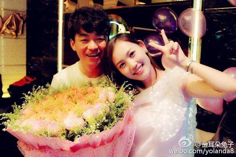 王寶強、馬蓉去年離婚一事鬧得沸沸揚揚。圖/摘自微博