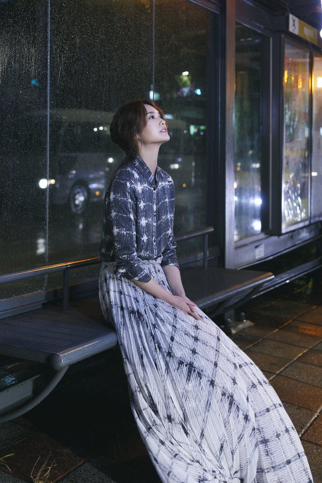 楊丞琳宣布將展開全新的演唱會。圖/太陽娛樂提供