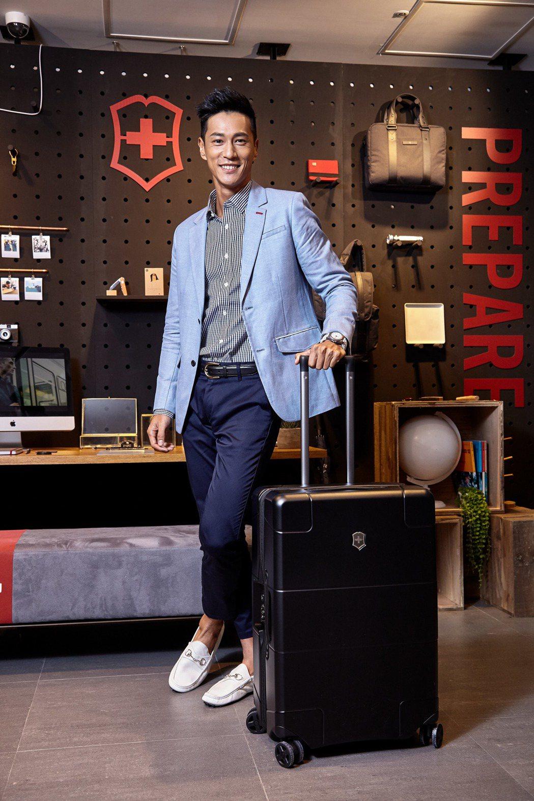 鍾承翰熱愛運動,也重視自己的時尚品味。圖/瑞士維氏提供