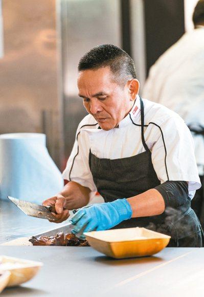 新加坡米其林一星主廚陳翰銘。 圖/Achim Plum攝影,陳思宏提供