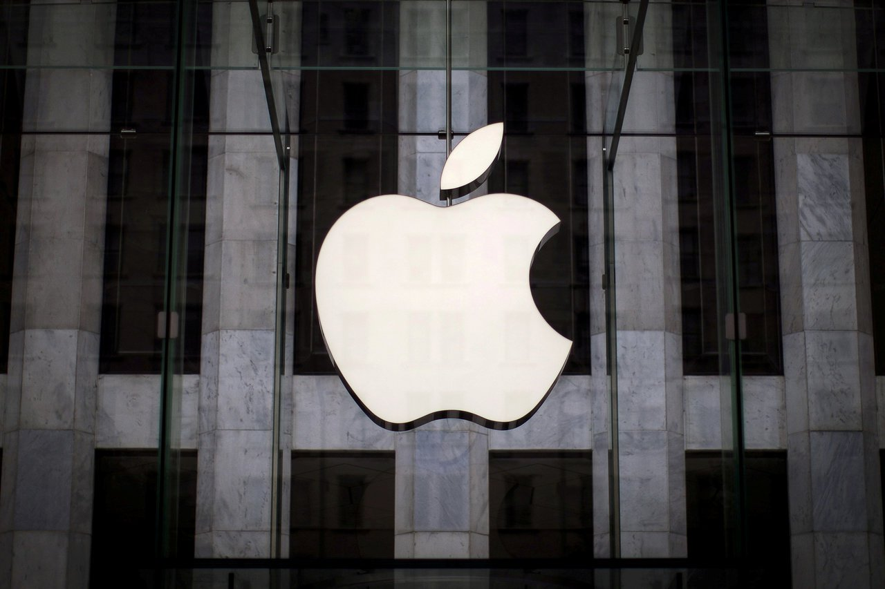 蘋果要求代工工廠使用外勞必須零收(仲介)費,因此很多外勞搶當蘋果系列電子廠勞工。...