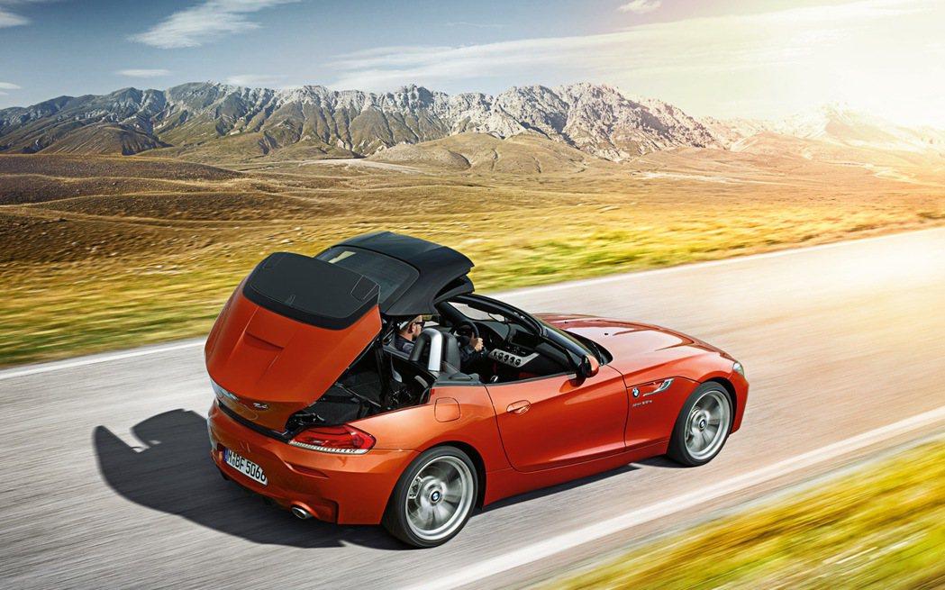 現行的BMW Z4為硬頂敞篷車。 摘自BMW