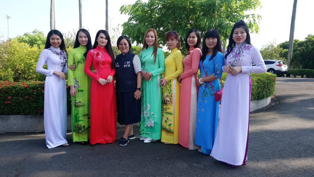 嘉義縣議員林于玲今天參加越南新住民中秋節活動。記者卜敏正/攝影