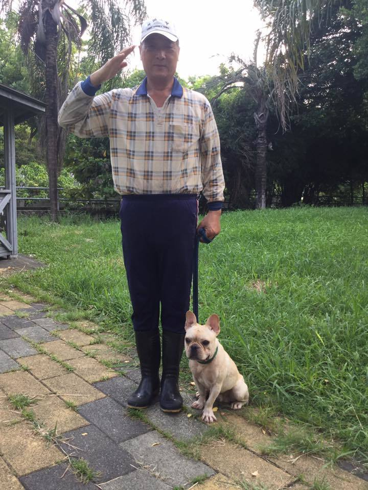 黎明狗學校犬隻訓練士、校長蔡慶榮,拒收大型獒犬,他對大型或超大型狗怕怕的,只因怕...