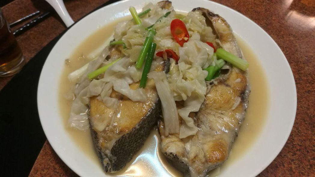 澎湖秋冬海鮮超肥美,是適合饕客的旅遊季節。記者劉學聖/攝影