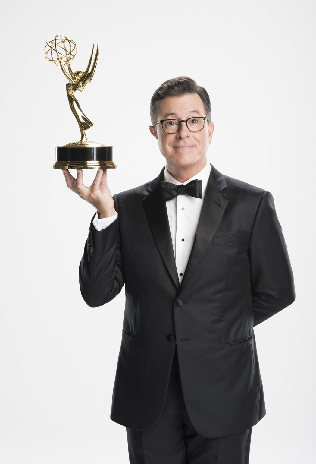 史蒂芬寇柏特主持本屆艾美獎頒獎典禮。圖/Star World提供