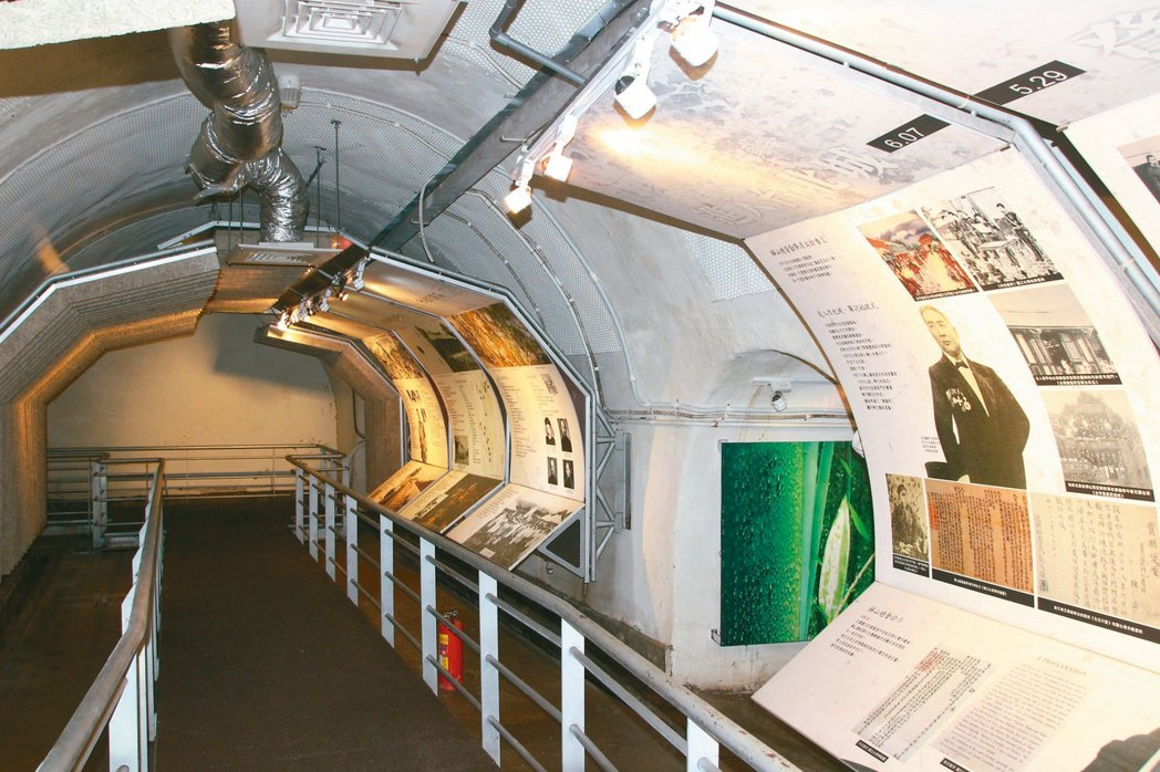防空洞內有甲午戰爭、乙未戰爭及八卦山會戰等展覽。 記者林敬家/攝影