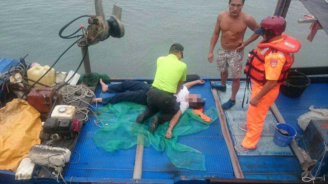 花蓮發生釣客落海意外。圖/一二岸巡大隊提供