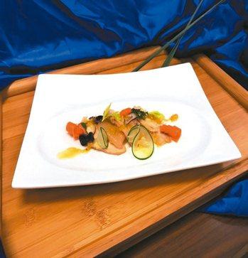 柚香雞肉佐柚子油醋汁 美和科大餐旅管理系/提供