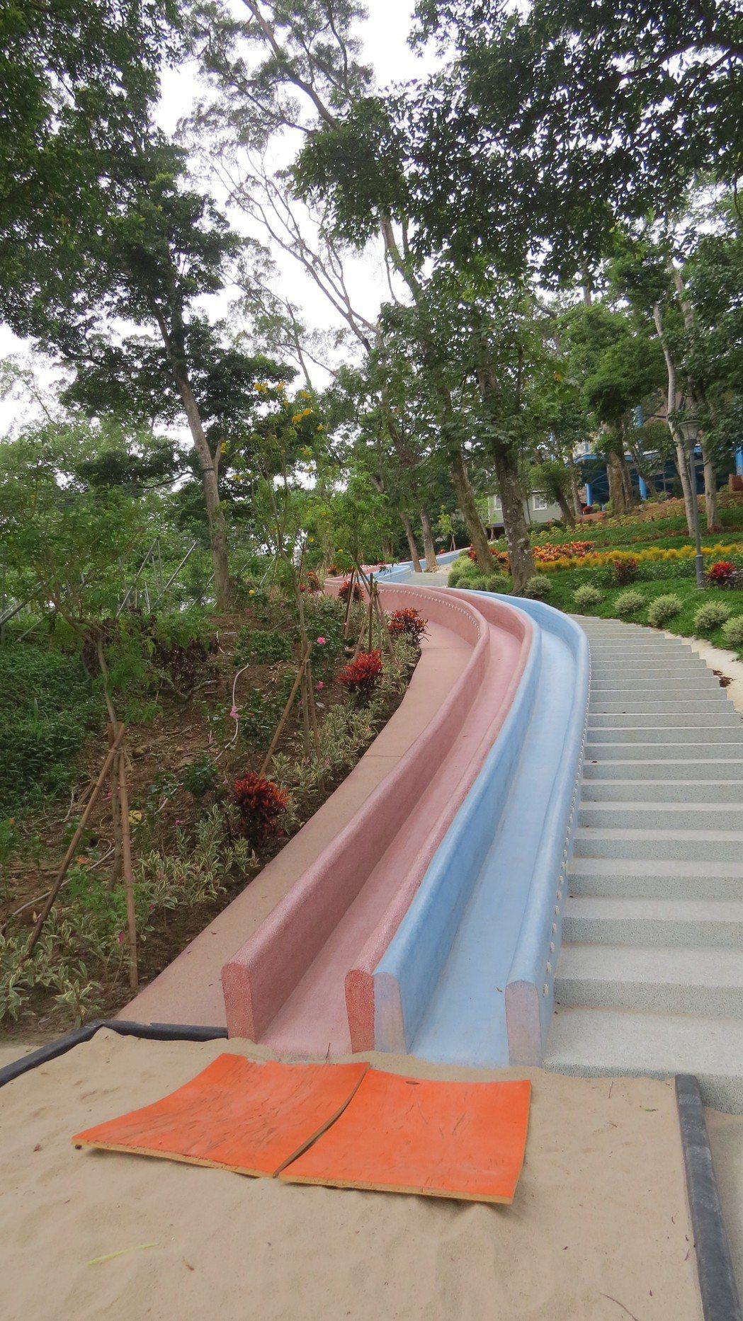 蘇維拉新打造75公尺森林溜滑梯,相當別開生面。記者范榮達/攝影