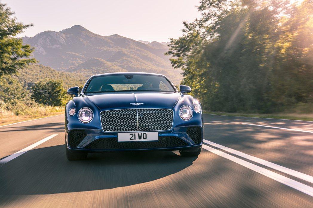 英國汽車品牌Bentley與Bang&Olufsen合作。圖/丹意企業提供