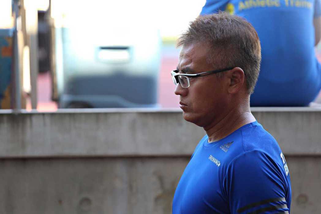 台中藍鯨隊總教練堀野博幸,帶隊後戰績不錯。圖/中華足球協會提供