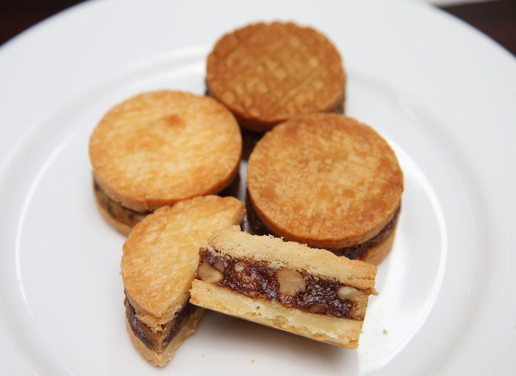 台北晶華酒店月餅-奶油原味月餅。記者徐兆玄/攝影