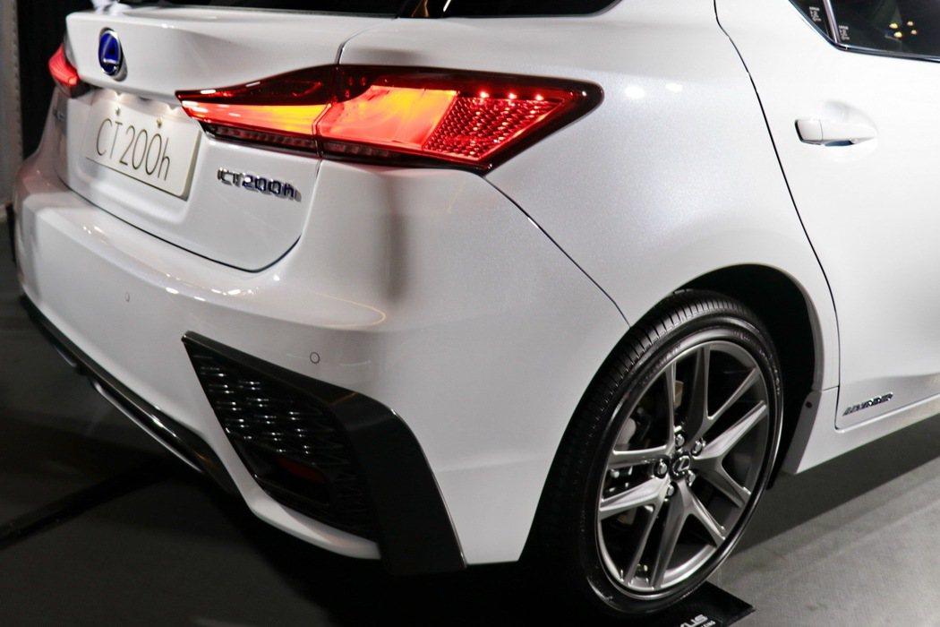 Lexus CT200h F-Sport車型外觀。 記者陳威任/攝影