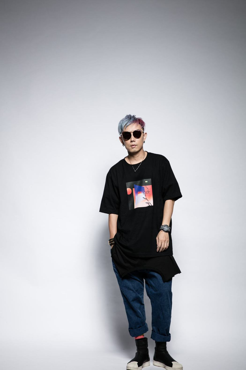 DJ林哲儀找玖壹壹健志合作電音舞曲。圖/滾石電音提供