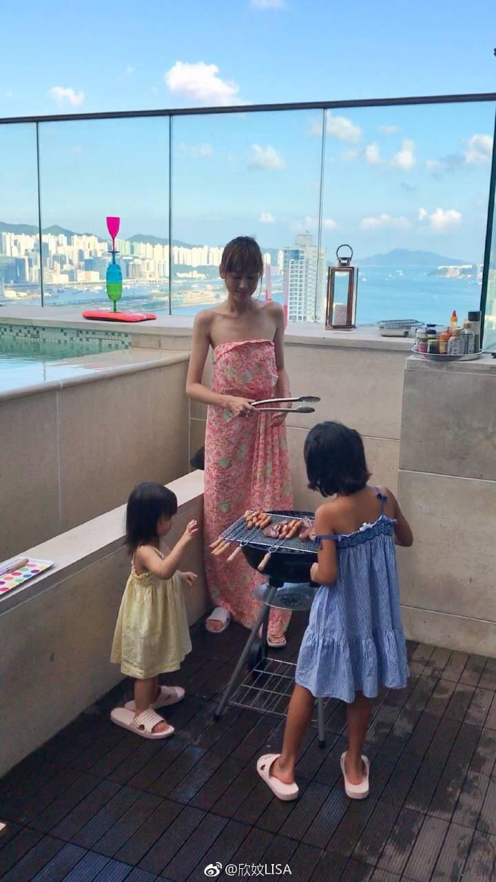 蔣麗莎曬出和孩子們烤肉照,卻被指愈來愈瘦。圖/擷自蔣麗莎微博