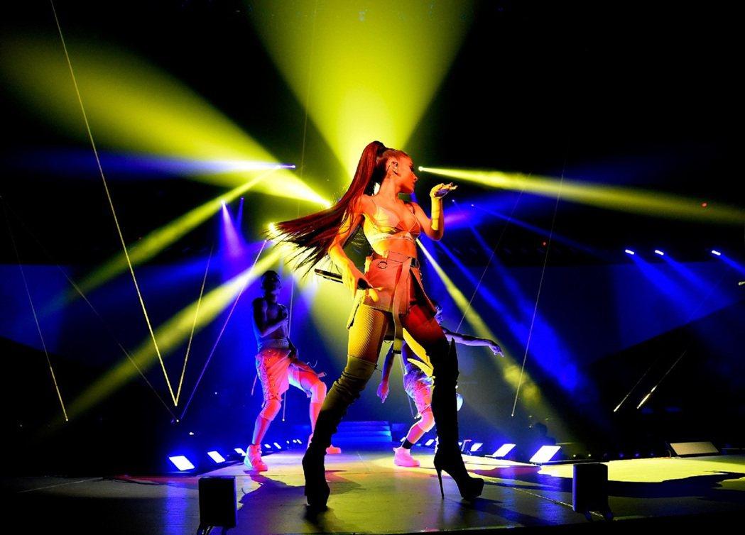 亞莉安娜首度在台北開唱。圖/理想國提供