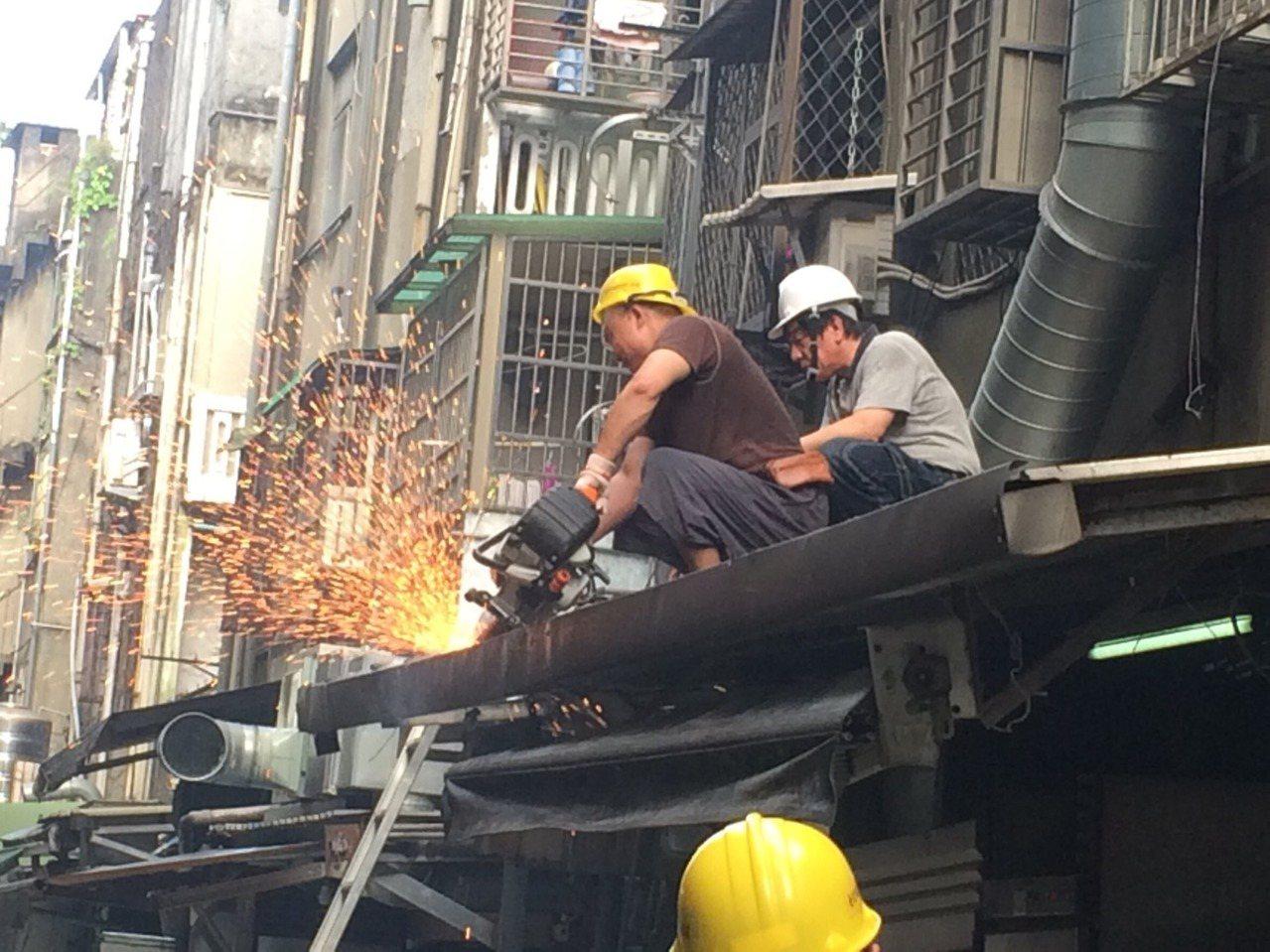 北市建管處對違建將採取新作法。 圖/北市建管處提供