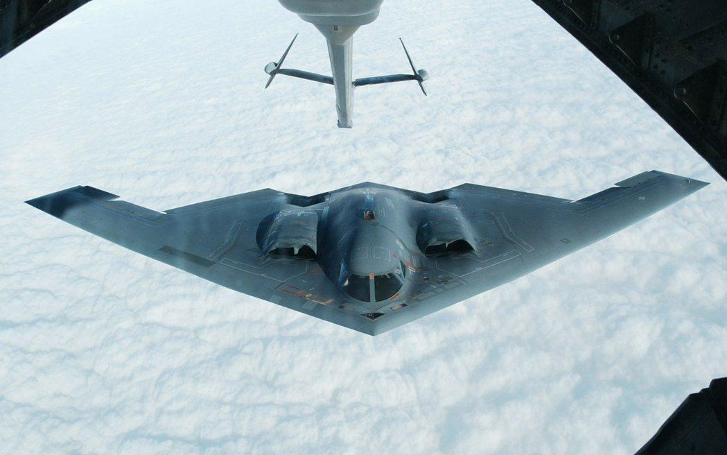 諾斯洛普格魯曼主導開發的B-2匿蹤轟炸機。 路透