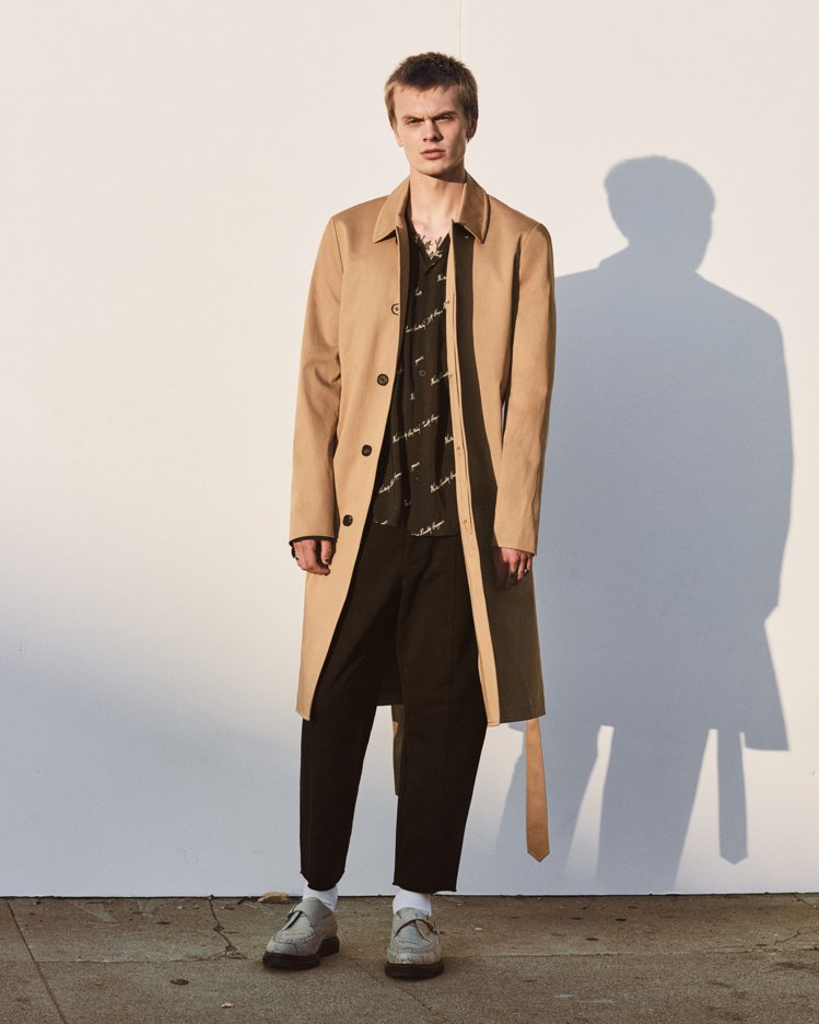 AllSaints的限量男裝系列,讓模特兒表現不同世代的造型觀點。圖/AllSa...