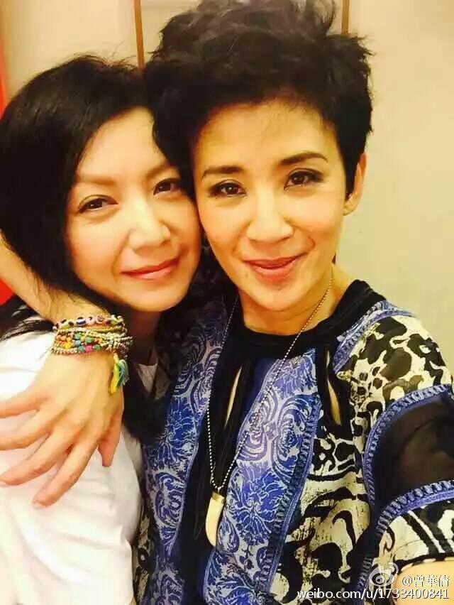 曾華倩(左)與吳君如至今仍都是交情好的密友。圖/摘自微博