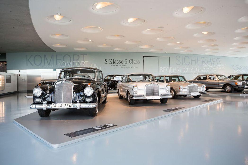 Mercedes-Benz於1972年首度於車名導入沿用Sondernklasse德文、特殊等級意思的「S」字母,強調Mercedes-Benz以客為尊的客製化思維。圖/台灣賓士提供