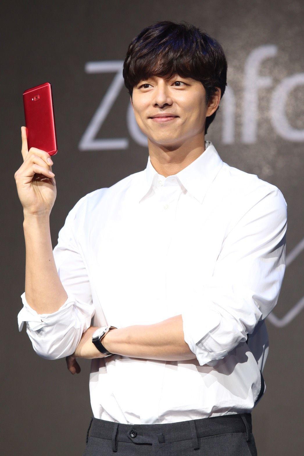 華碩砸重金請韓星孔劉代言ZenFone 4系列手機。 報系資料照