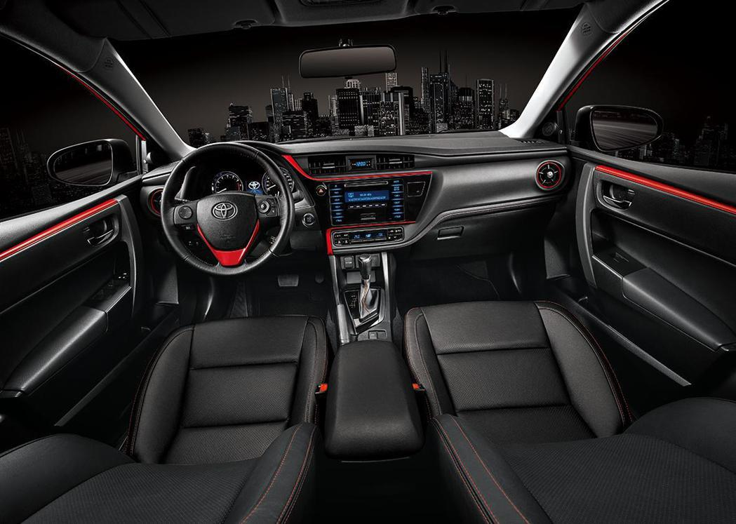 Corolla Altis X個性內裝。 圖/和泰汽車提供