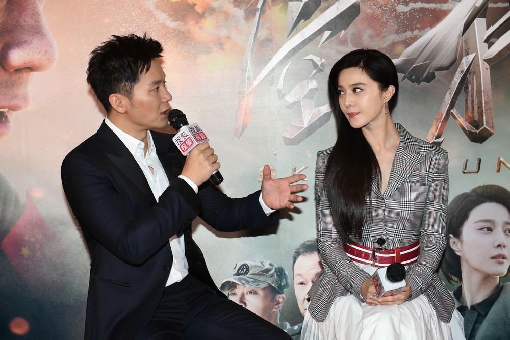 李晨為電影「空天獵」首次執導演筒,未婚妻范冰冰零片酬力挺。圖/摘自搜狐娛樂