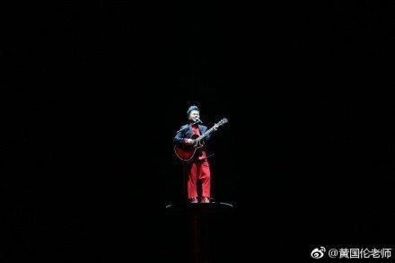 黃國倫今晚登鳥巢開唱,對票房喊「奇蹟」。圖/摘自微博