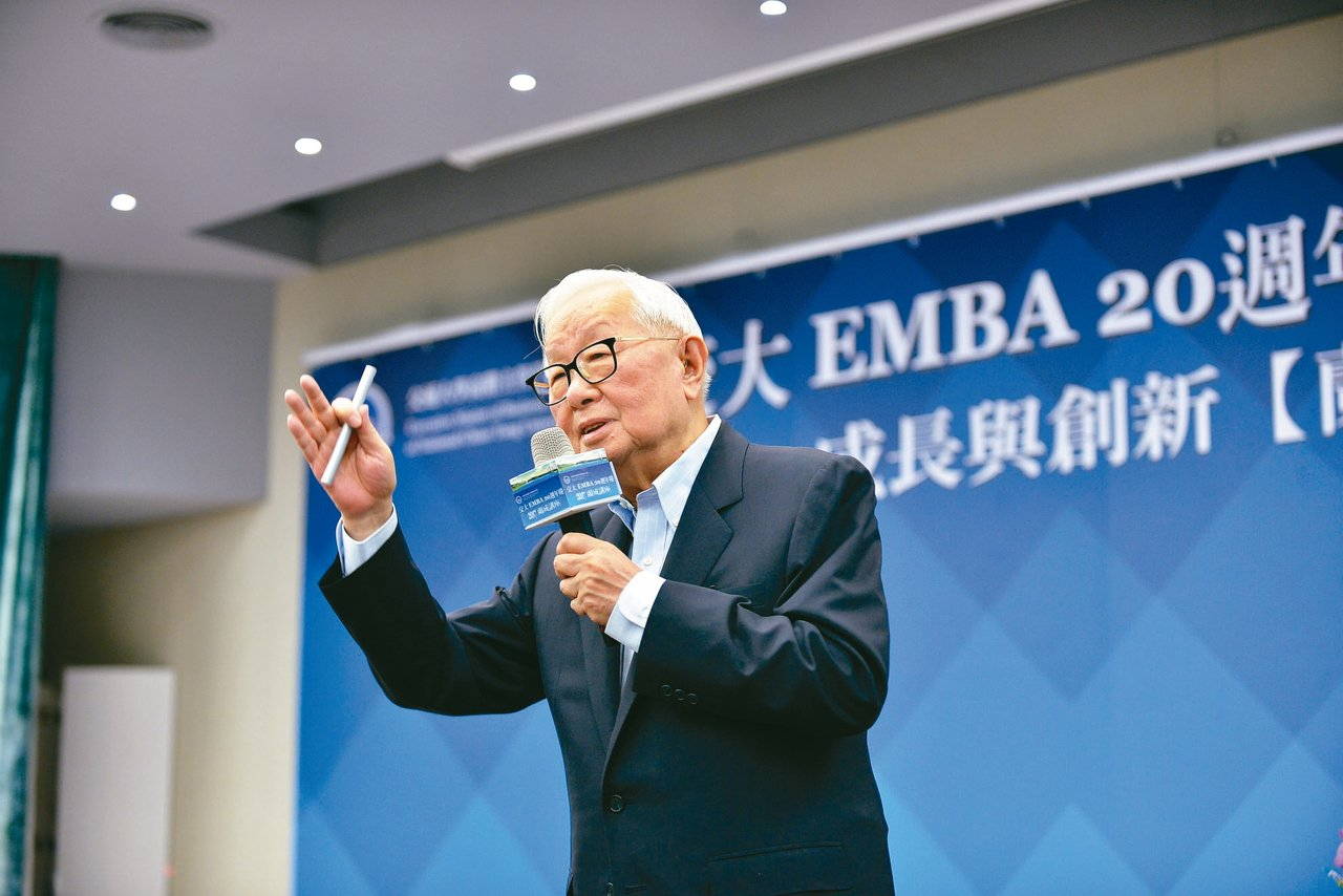 台積電董事長張忠謀昨在交通大學演講「企業成長與創新」時指出,政府只要把基礎建設做...