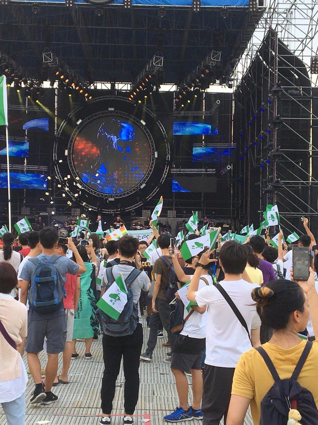 中國新歌聲為何在台大爆衝突?5點Q&A一次看懂