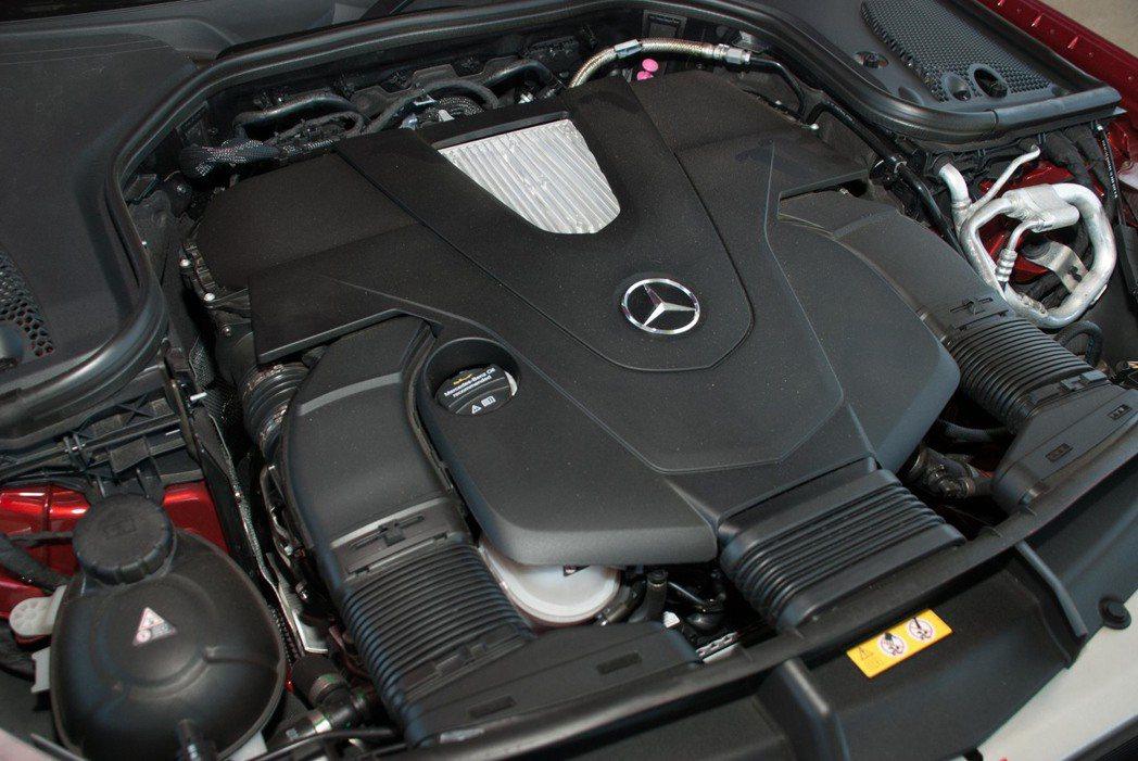 3.0升V6渦輪增壓汽油引擎。記者林昱丞/攝影
