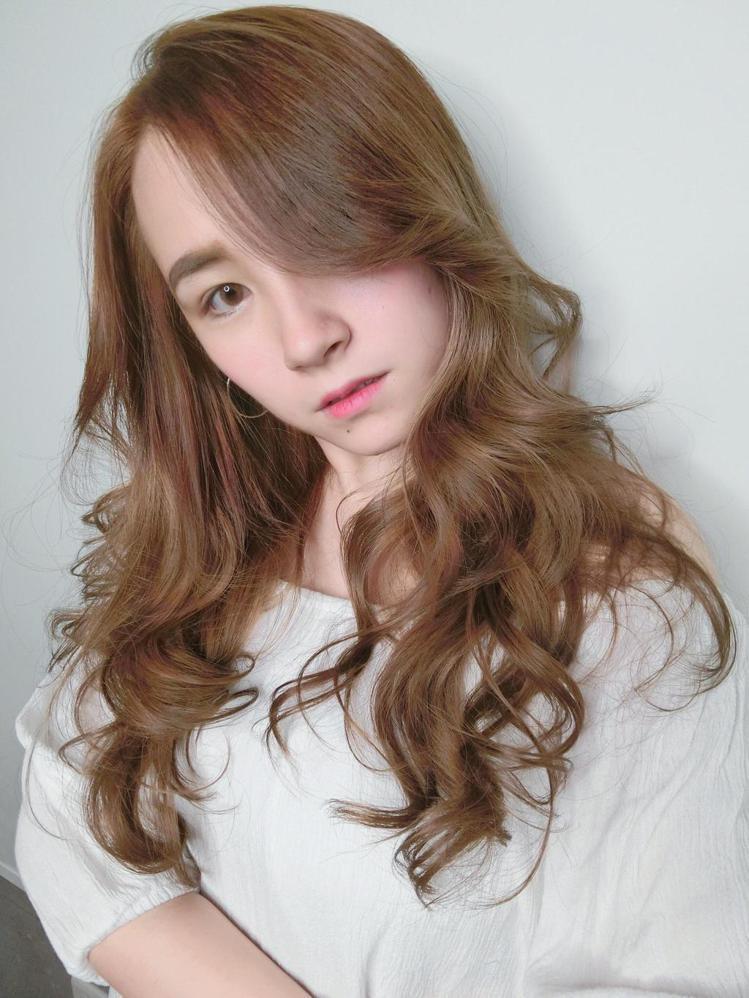 髮型創作/Johnson Wu 。圖/HairMap美髮地圖提供