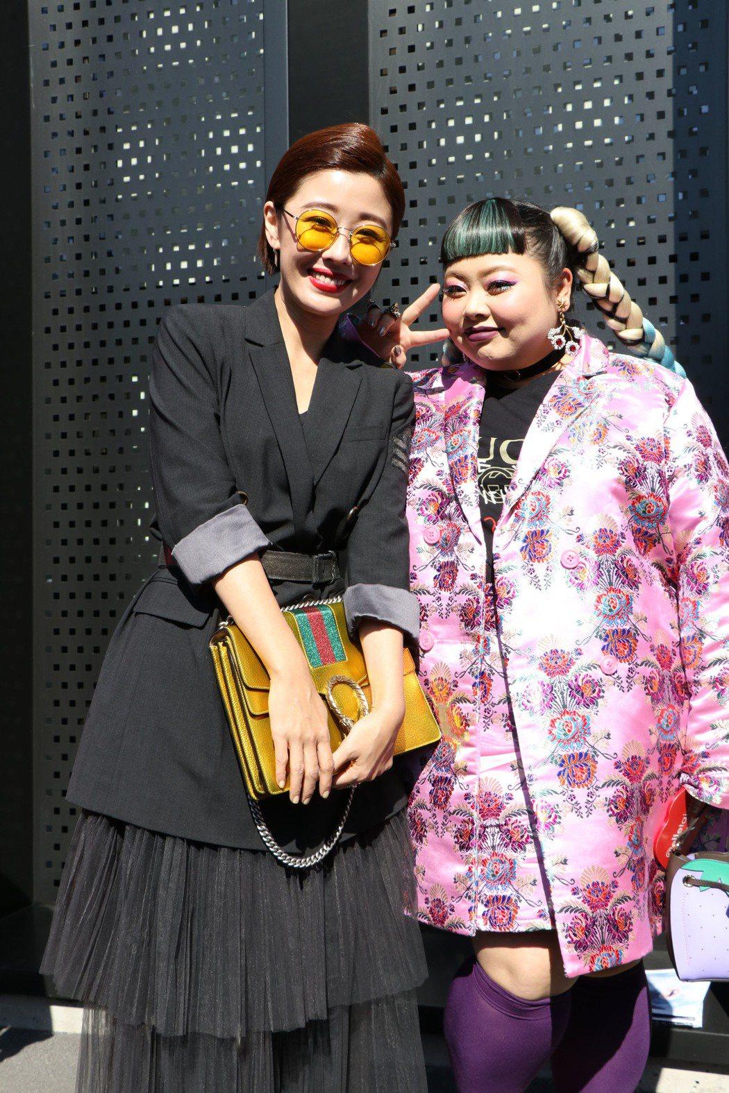 李維維(左)赴米蘭時裝周朝聖,第一場秀就遇到日本女星渡邊直美。圖/伊林提供
