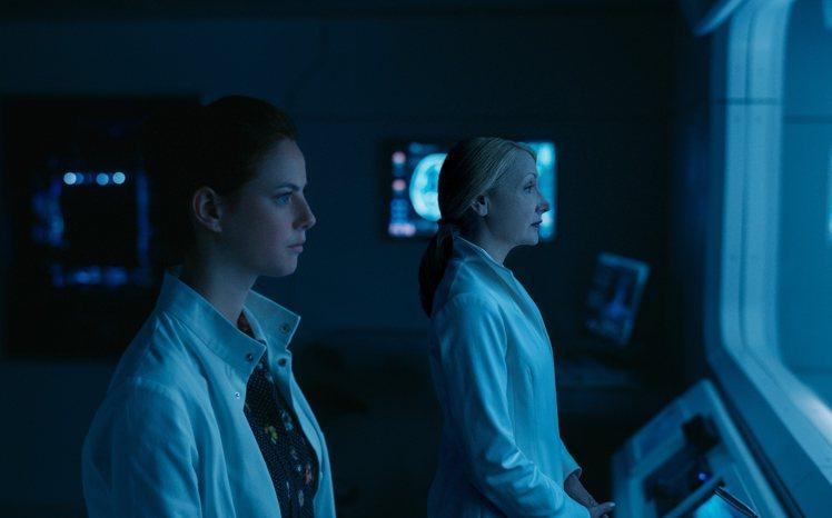 「移動迷宮:死亡解藥」劇照。圖/福斯提供