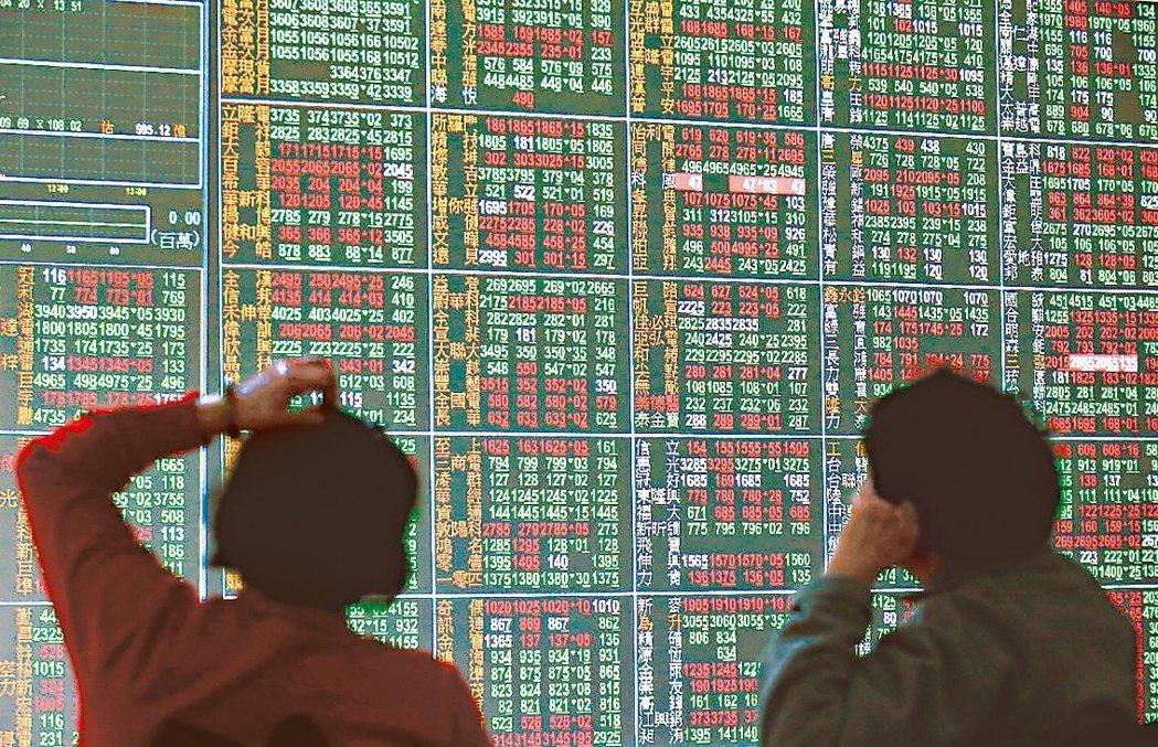 台股月線挑戰連十紅可能性相當低。 聯合報系資料照