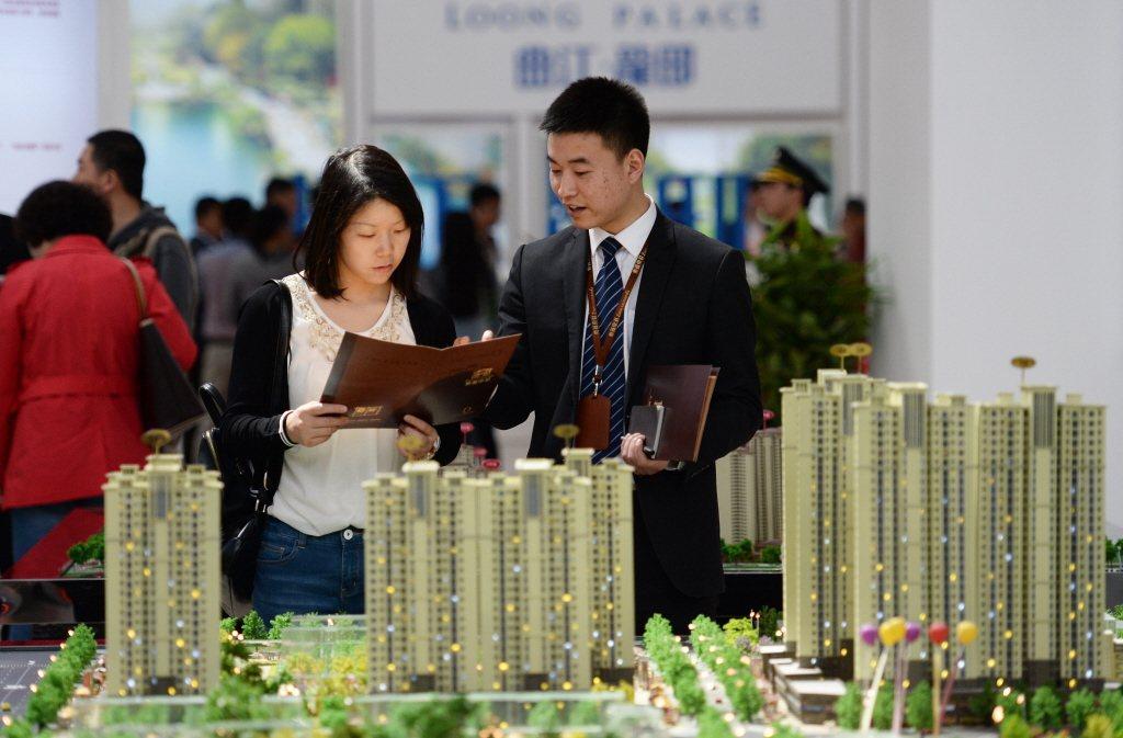 大陸房地產稅法草案可望十二月初審。(新華社資料照片)