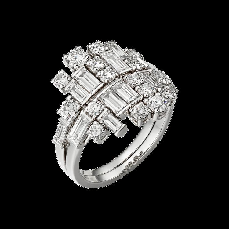 Reflection de Cartier系列鑽石戒指參考價格約NT$ 1,36...