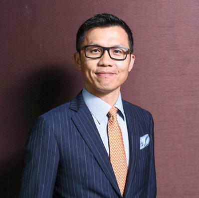 瑞銀智慧財富管理部門副總裁顏明宏表示,投資只有一道鐵律,就是紀律。 圖/瑞銀提供