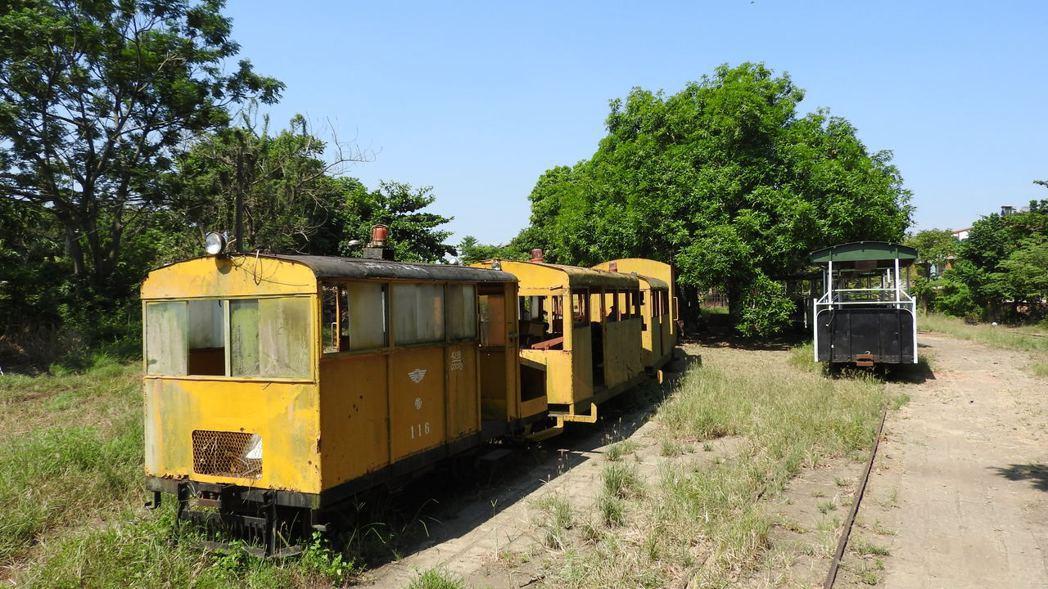 園區內也可見到許多舊的五分車車型。記者魏妤庭/攝影