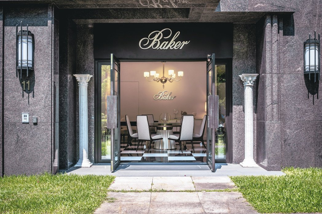 不單單只是獨家代理進台灣,李坤儀甚至還為白宮御用的百年美國家具品牌Baker開設...