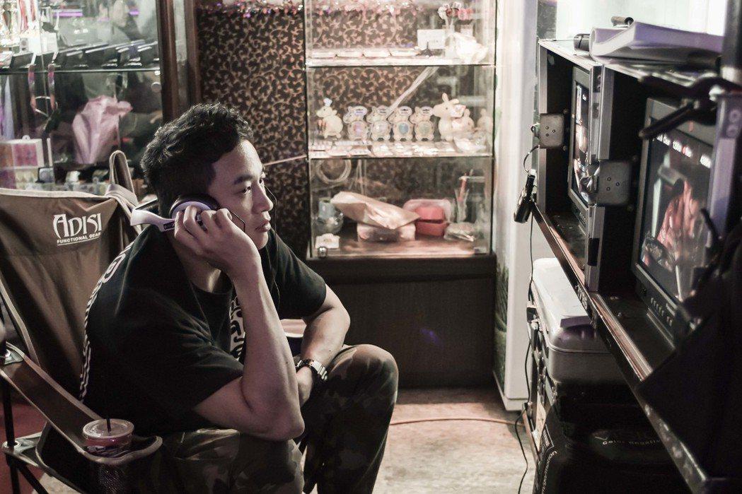 何潤東執導「翻牆的記憶」。圖/TVBS提供