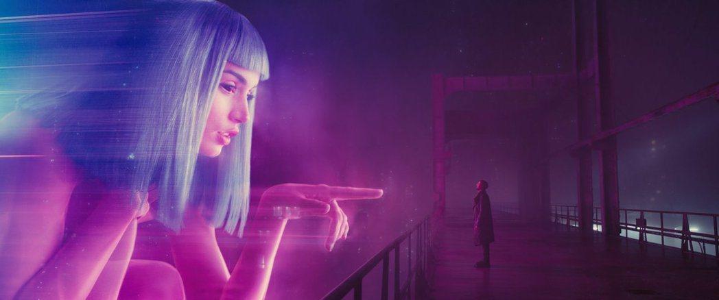 「銀翼殺手2049」特效場面炫目驚人。圖/摘自imdb