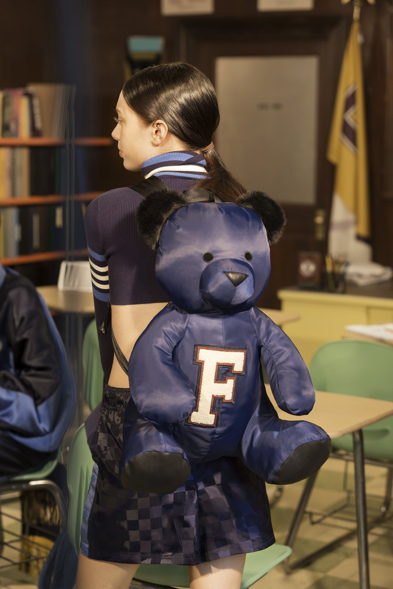 PUMA X FENTY泰迪熊造型後背包6,680元。圖/PUMA提供