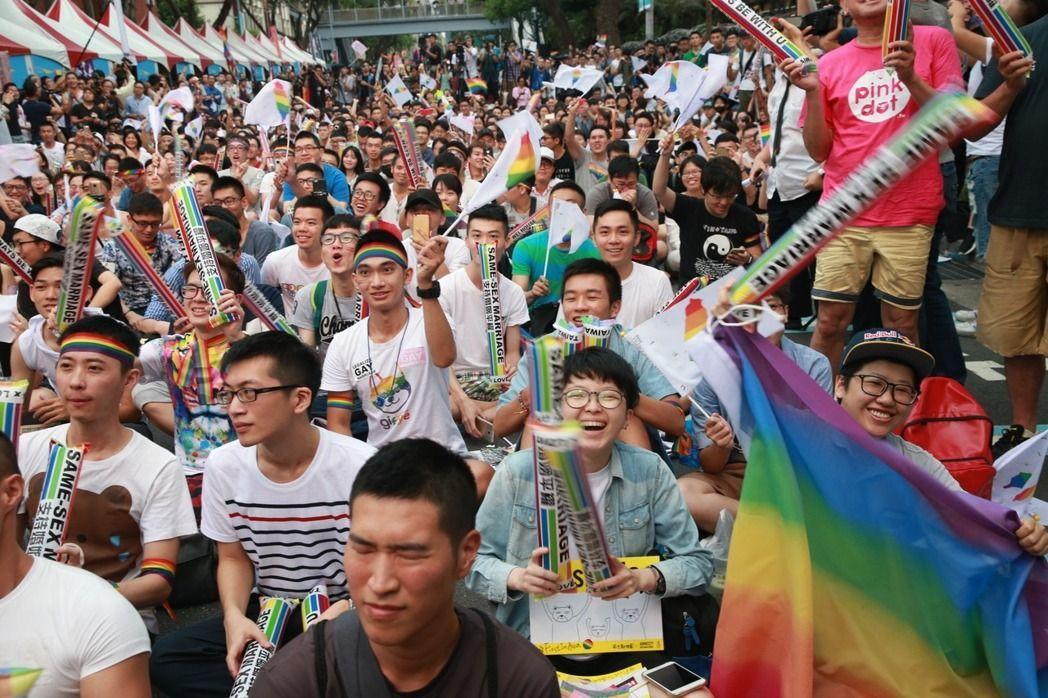 同婚釋憲結果出來,支持同婚的群眾歡呼。聯合報系資料照/記者黃義書攝影
