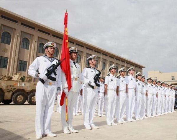 中共解放軍舉行進駐吉布地保障基地的營區儀式。 (中新社)