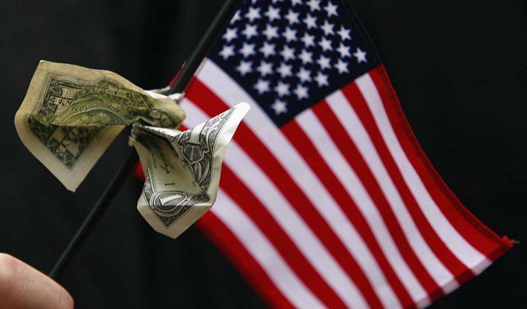 根據一份新聯邦報告,美國前1%富人占據了該國38.6%的財富,達歷史最高。 路透